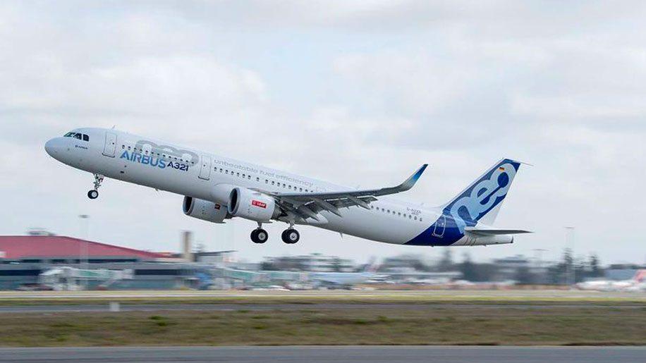 L'A321 arrive à Toulouse (FR/EN)